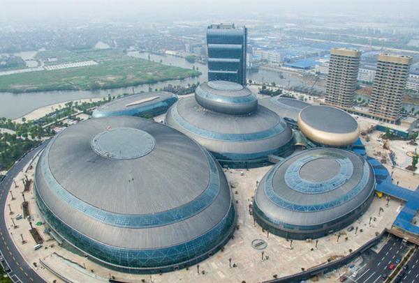 前方高能!2016中国10大丑陋建筑出炉,不忍直视?[12P] - 新知 - 新知