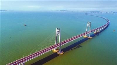积极推动珠海金湾机场开放国际口岸.