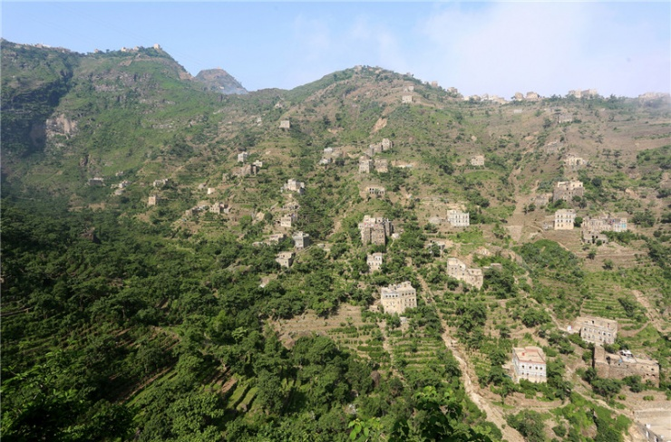 這個村莊把房子建在山上躲避了戰亂 成為世外桃源